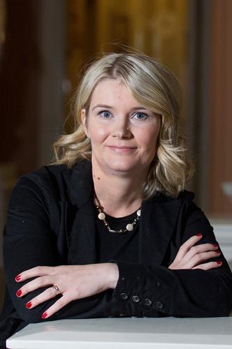 Tekijänoikeuden professori Taina Pihlajarinne. (Kuva: Linda Tammisto)