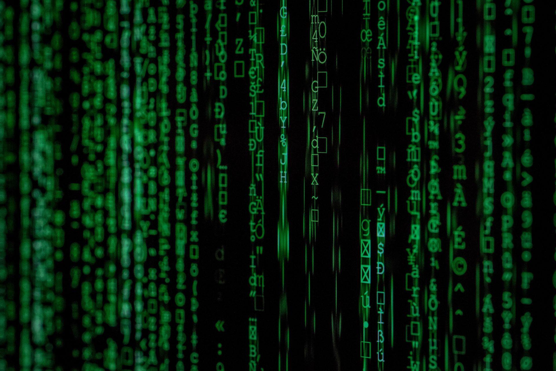 dataa tietokoneen ruudulla